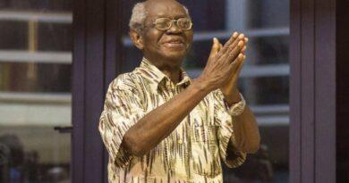Professor_J_H_Kwabena_Nkeetia