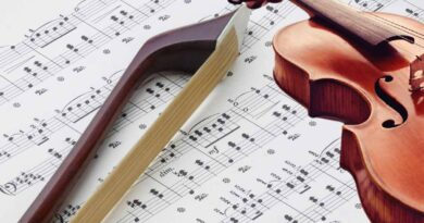 What You Need To Know About Slur And Its Function In Music Notation